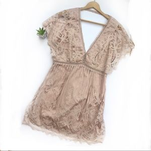 Tobi | pale pink lace overlay dress size large